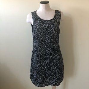 Kenar Black w white abstract print shift dress